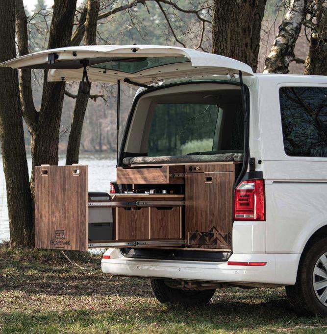 Escape Vans Vestavba do auta Tour Box L/XL Ořech L